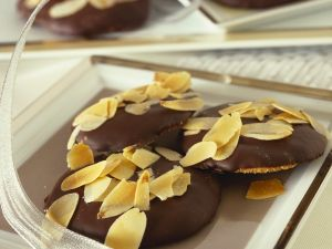 Chocolate-Almond Shortbread Cookies recipe