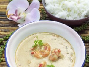 Coconut Curry Soup with Shrimp recipe
