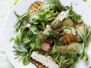 Colorful Chicken Salad with Pesto and Croutons recipe