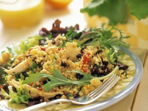 Couscous Chicken Salad with Arugula and Raisins recipe