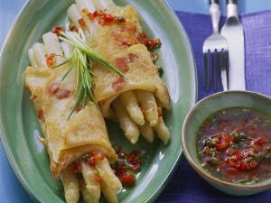 Crepes with Ham and Asparagus recipe