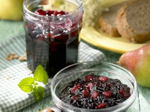 Elderberry and Pear Jelly recipe