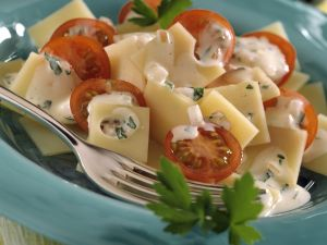 Emmentaler Salad with Tomato and Mustard Sauce recipe