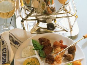 Fondue with Meat, Vegetables and Assorted Dips recipe