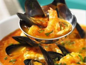 French Fish Soup (Bouillabaisse) recipe