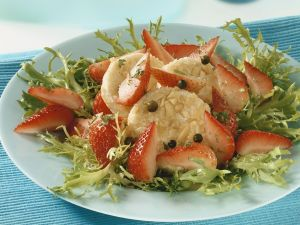 Frisee Lettuce with Strawberries and Cheese recipe