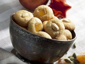 Ginger and Cashew Cookies recipe