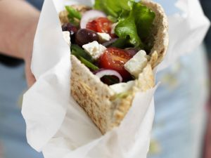 Greek Salad Pita Pocket recipe