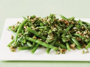 Green Bean Salad with Nutty Pesto recipe