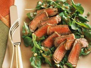 Green Salad with Fried Beef recipe