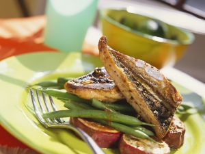 Grilled Mackerel Fillet with Sweet Potato and Green Beans recipe