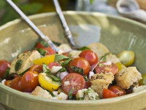 Cubed Bread Salad Bowl recipe