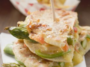 Grilled Pita Bread with Asparagus and Cheese recipe