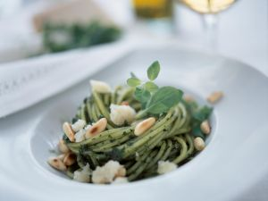Herbed Spaghetti with Toasted Pine Nuts recipe