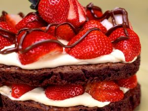 Individual Chocolate Tarts with Strawberries recipe