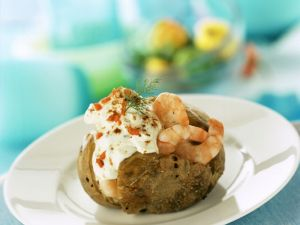 Jacket Potato with Prawns recipe