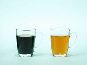 Coffee vs. Tea: Which is Better for Overall Health?