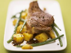 Lamb Chops with Curry Potatoes and Green Beans recipe