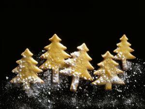 Lemon Christmas Tree Cookies with Apricot Jam recipe