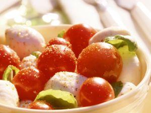 Marinated Mozzarella with Cherry Tomatoes and Basil recipe