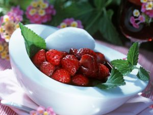 Marinated Strawberries with Goat Cheese recipe