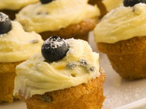 Mascarpone and Passion Fruit Buns recipe