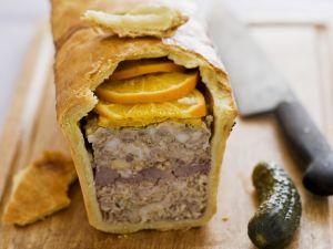 Meat Pie with Oranges recipe