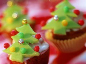 Mini Christmas Amaretto and Marzipan Cakes recipe