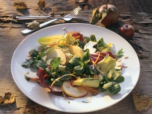 Mixed Leaf Salad with Apple recipe