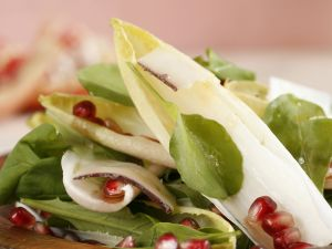 Mixed Salad with Pomegranate Dressing recipe