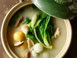 Mushroom Broth with Chinese Cabbage recipe