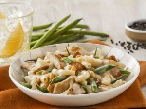 Nutty Chicken Pasta with Green Beans recipe