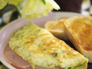 Omelets with Herbs and Ham recipe
