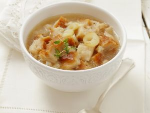 Onion Broth with Cubed Bread recipe