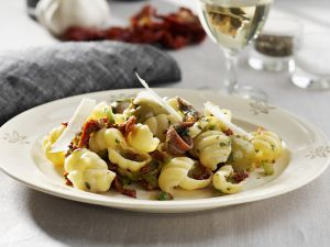 Pasta with Anchovies and Olives recipe