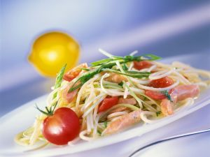 Pasta with Salmon and Leek Sauce recipe