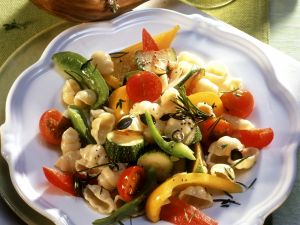 Pasta with Summery Vegetables and Pumpkin Seeds recipe