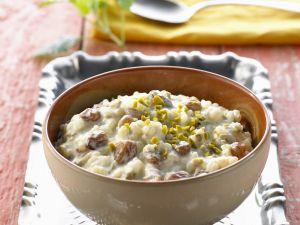Pistachio Rice Pudding with Raisins recipe