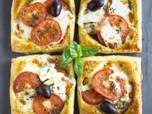 Pizza Squares with Tomatoes, Mozzarella and Olives recipe