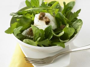Poached Egg with Green Salad recipe