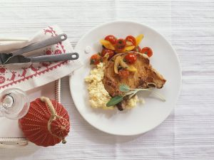 Pork Chop with Cornmeal and Tomatoes recipe