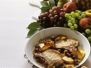 Pork Chops with Sautéed Grapes and Apples recipe