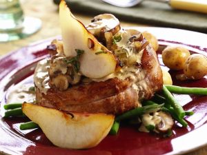 Pork Medallions with Mushroom Sauce recipe
