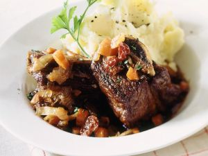 Pork Ribs with Vegetables and Mashed Potatoes recipe