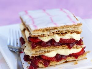 Puff Pastry with Berries and Whipped Cream recipe