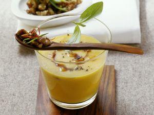 Pumpkin Soup with Chile-Chesnuts recipe