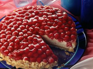 Raspberry-yogurt Cake recipe