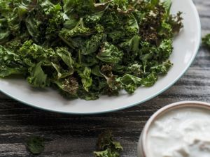 Roasted Kale with Greek Yogurt Sauce recipe