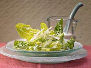 Romaine Lettuce with Pear recipe