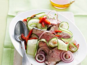 Salad with Lamb, Peppers, Onions and Cucumbers recipe